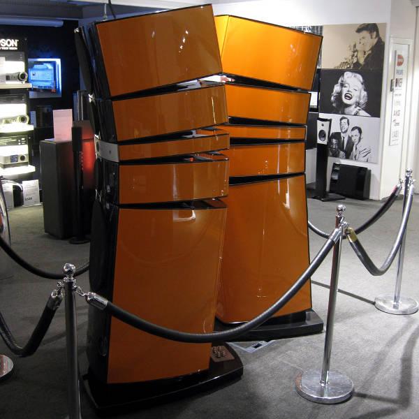 Focal Grande Utopia EM in Lamborghini Orange